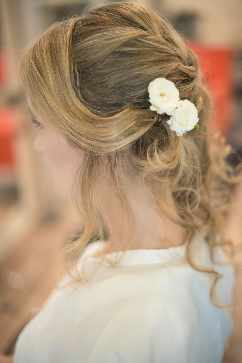 Bridal Hairstyle, country chic wedding in Italy