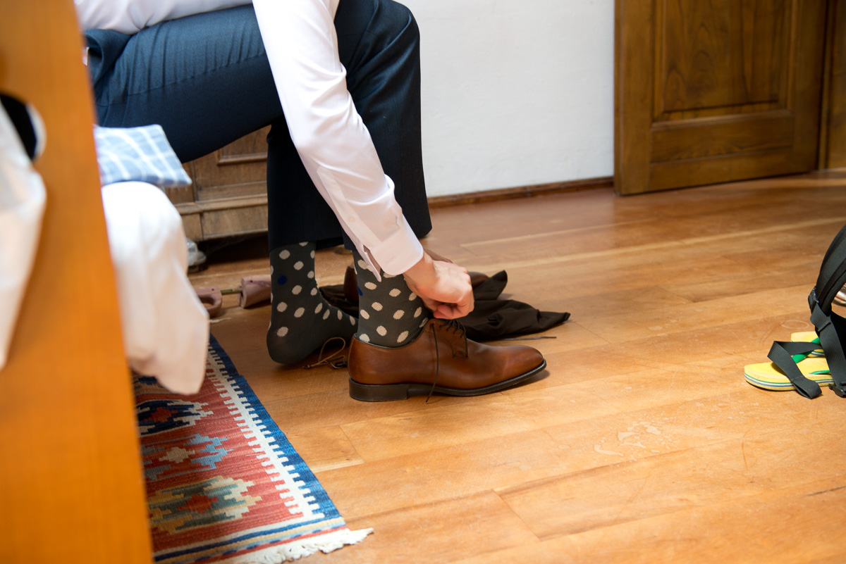 Groom shoes, country chic wedding in Italy
