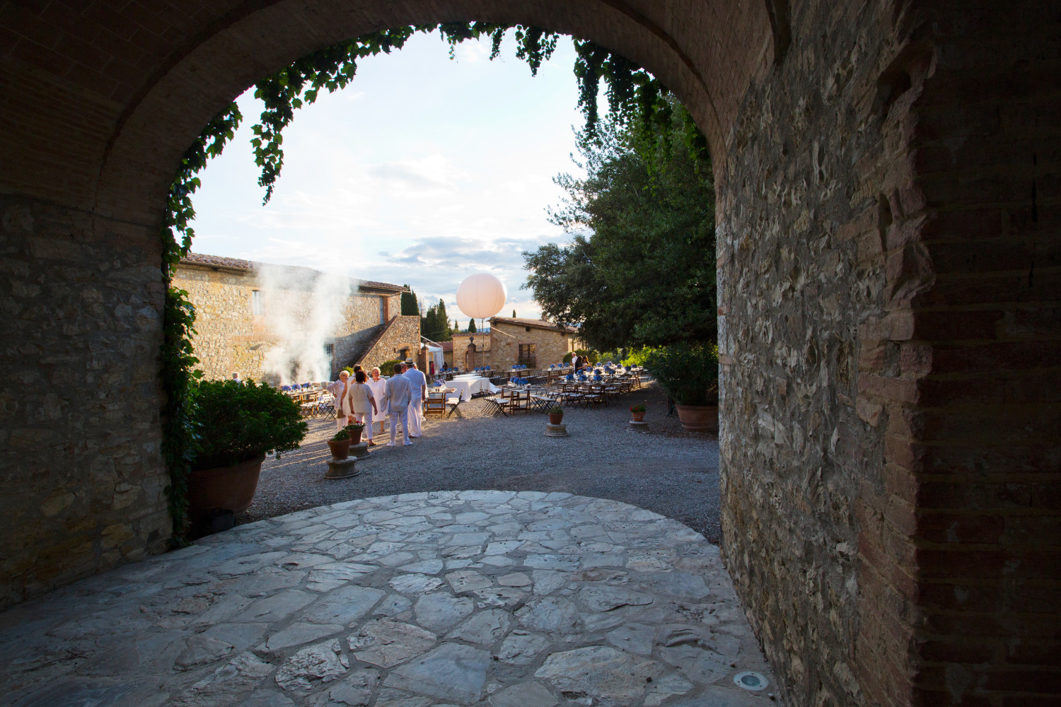 Italian barbeque, Rustic italian dinner, destination wedding in Tuscany