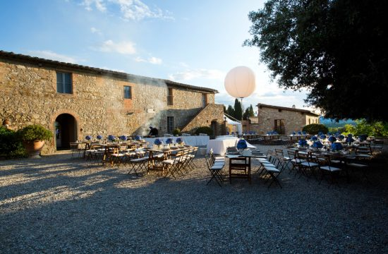 Wedding Farmhouse in Tuscany , Rustic italian dinner, destination wedding in Tuscany