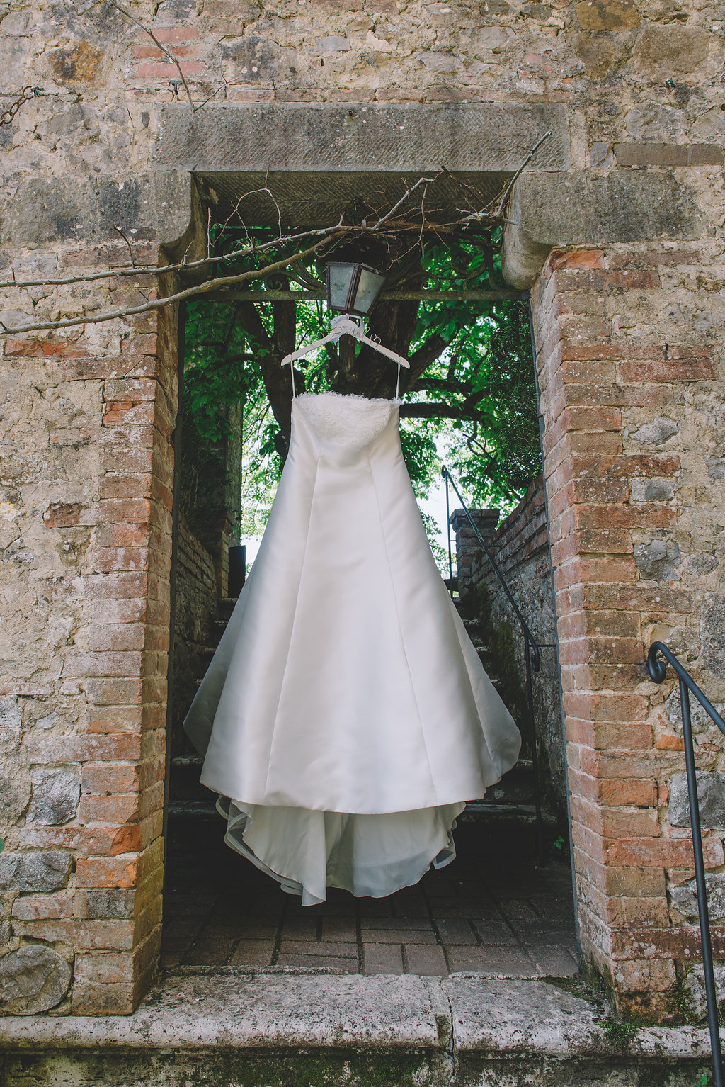 Bridal Gown, Wedding in Tuscany Castle