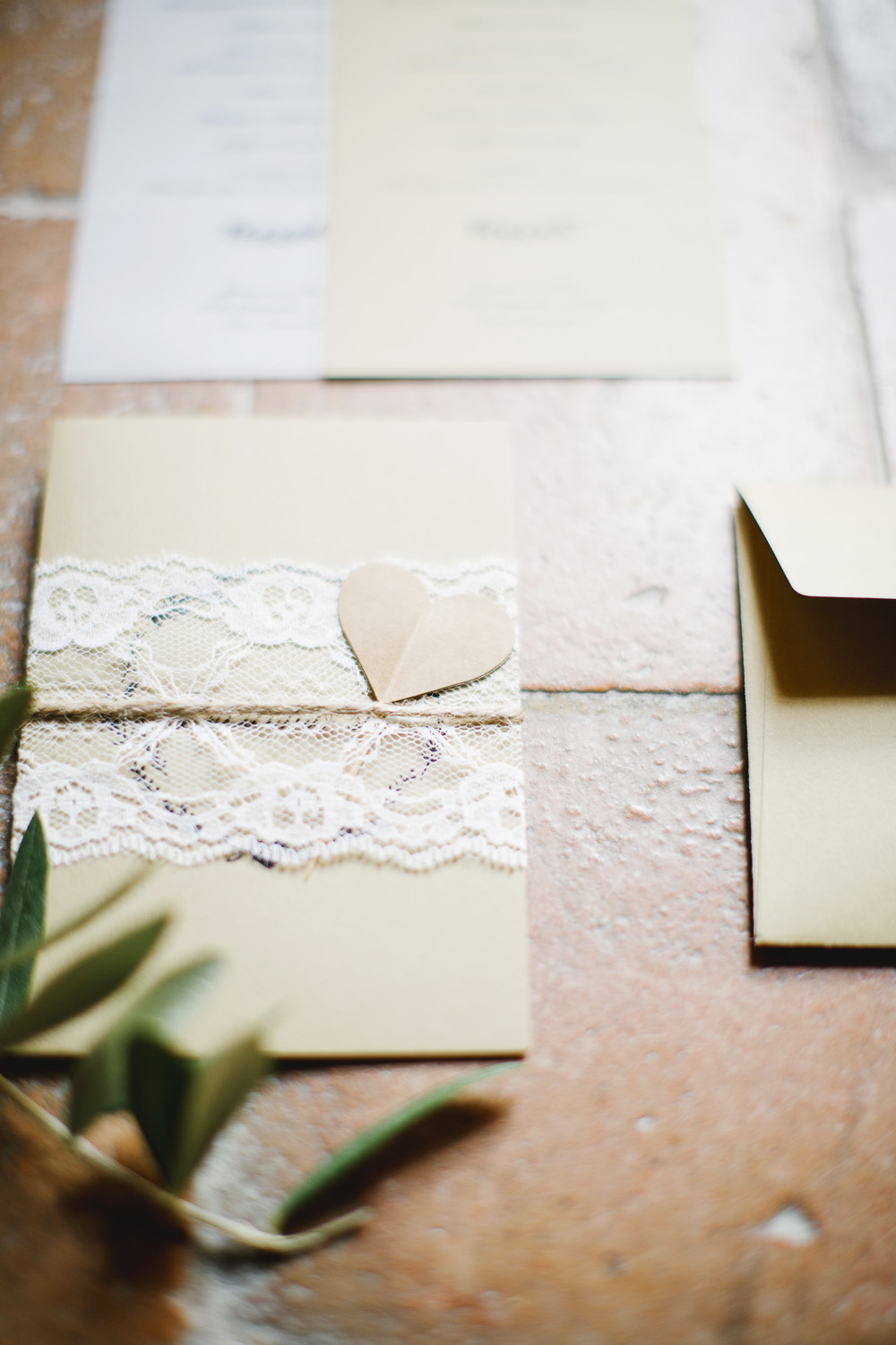 Recycled paper Stationery - Sustainable Wedding in Italy - Italian Wedding Designer