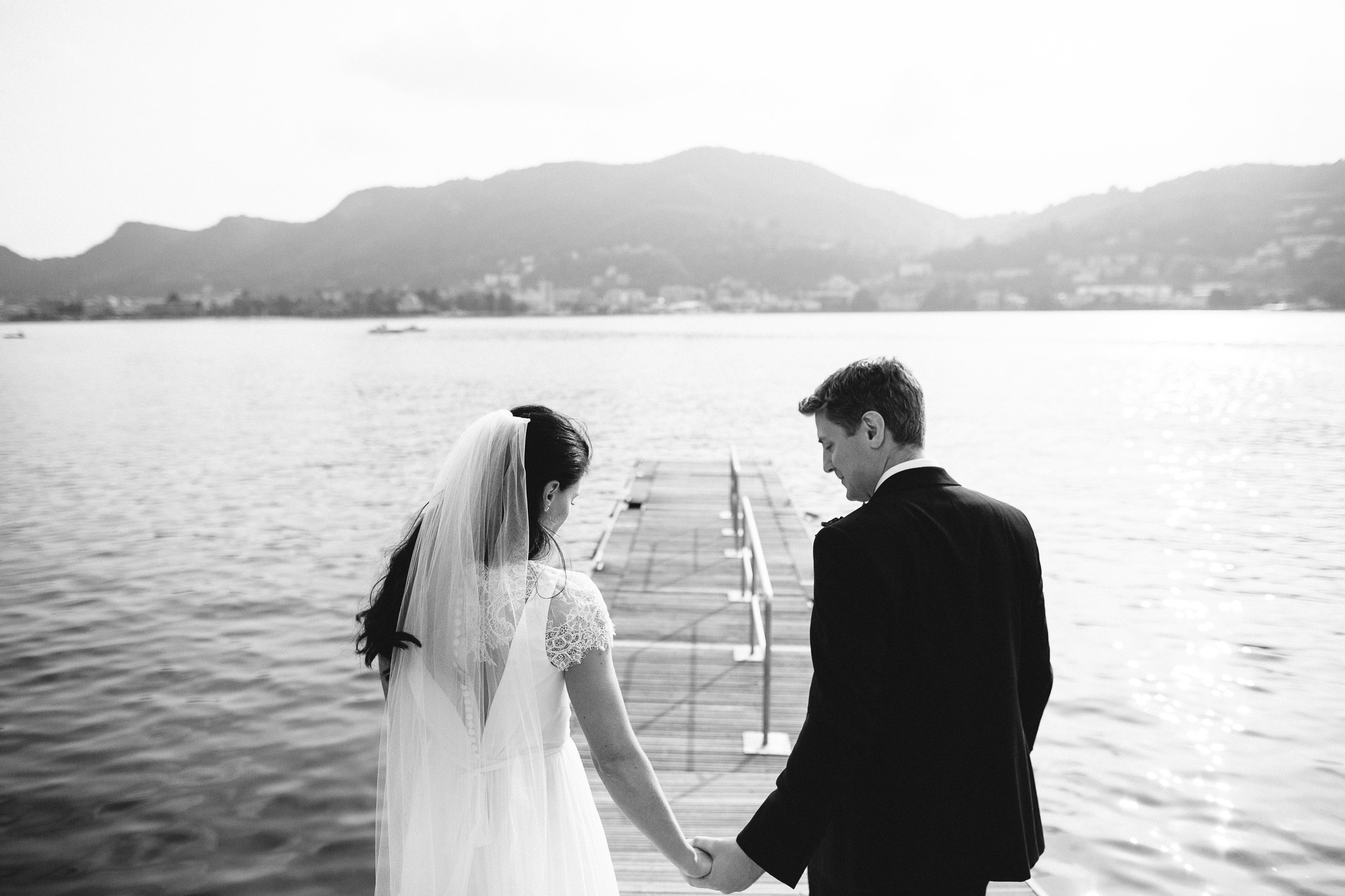 Bride & Groom photo Ceremony in Lake Como by Italian Wedding Designer