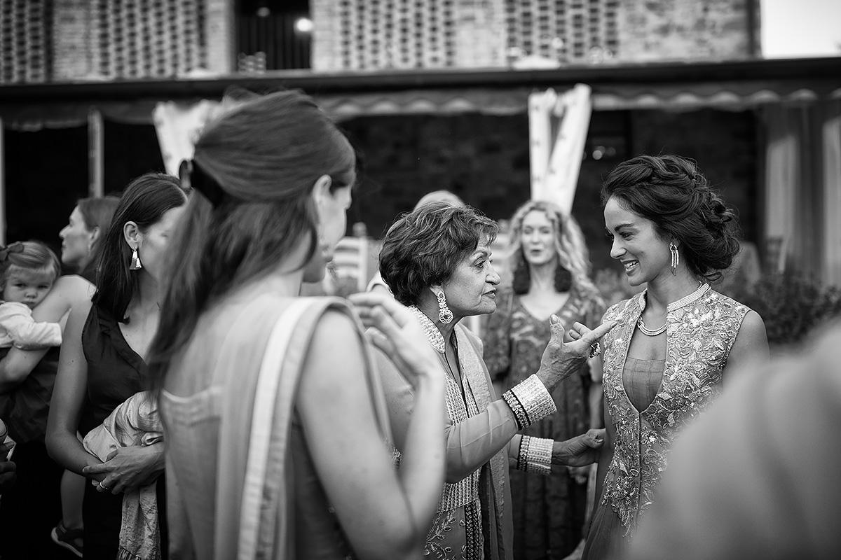 Henna Ceremony - Indian Wedding in Italy - Italian Wedding Designer