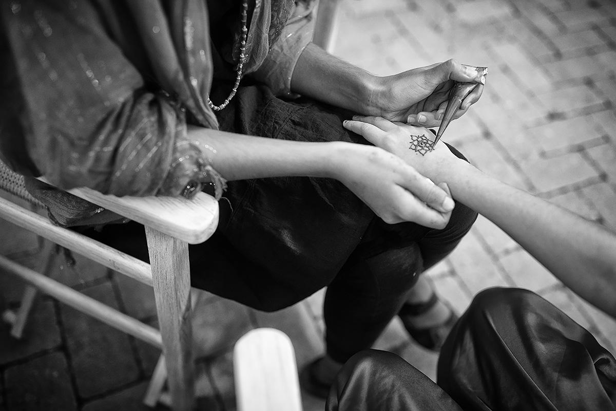 Henna Night in Italy - Indian Wedding in Tuscany - Italian Wedding Designer