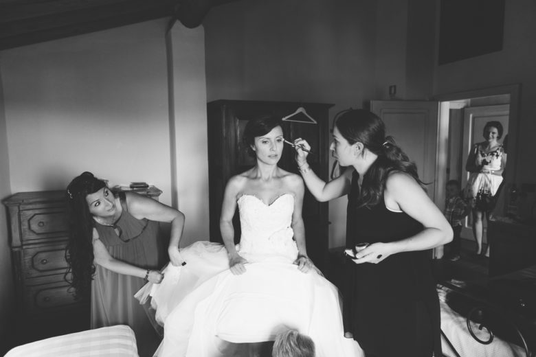 Makeup service for bride, destination weddingin Italy