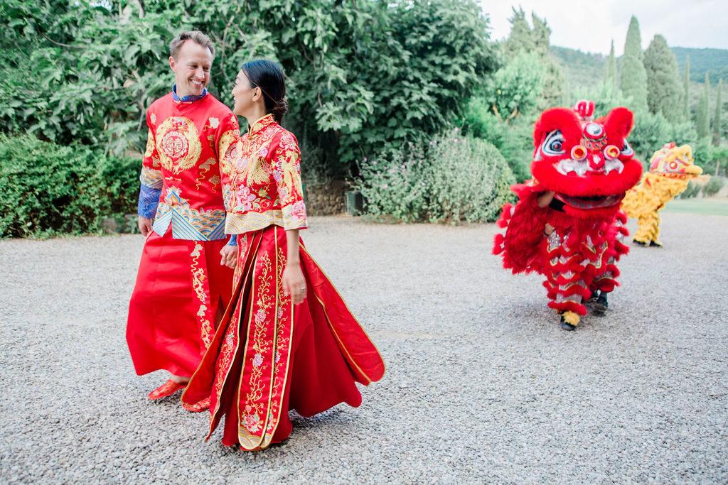 Lovely couple - Chinese Tea Ceremony in Italy- Italian Wedding Designer
