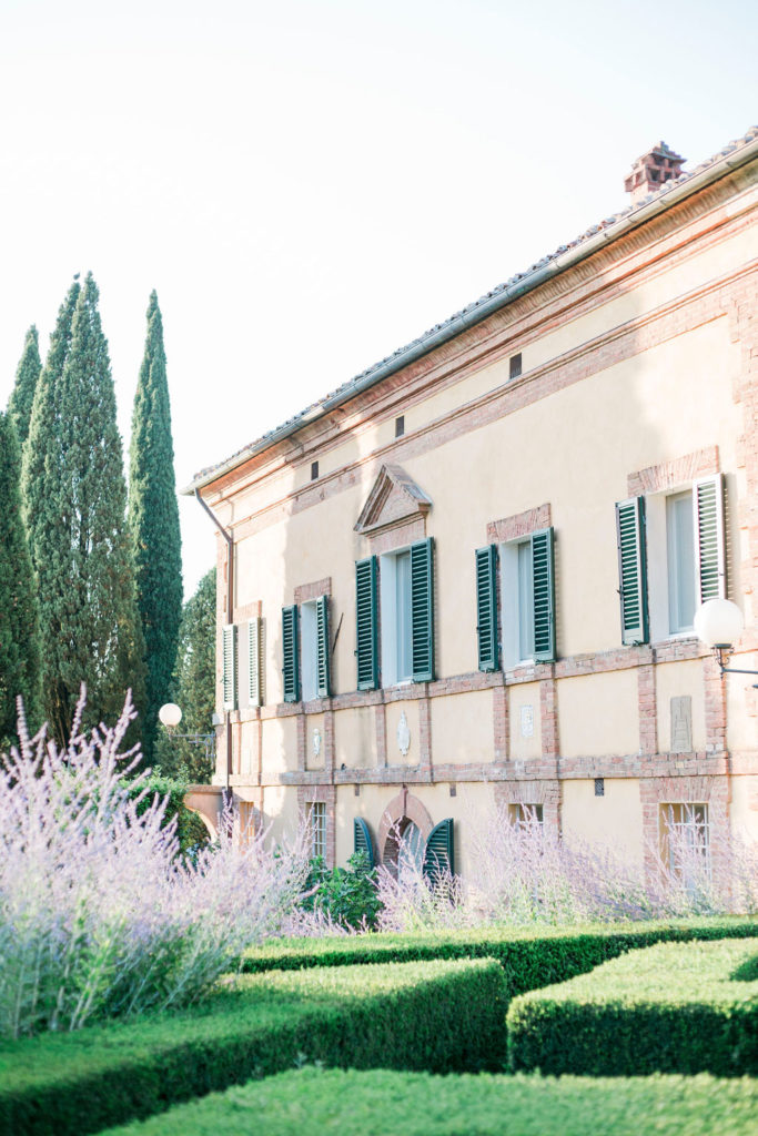 La Foce facade - Wedding at Villa La Foce - Italian Wedding Designer