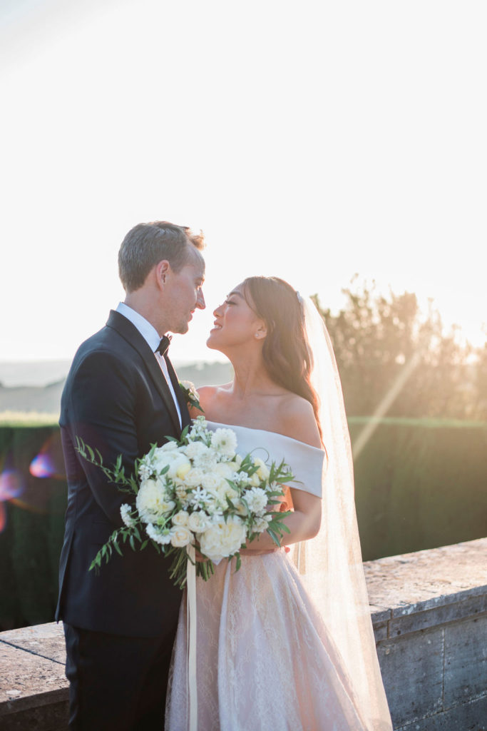 Newlyweds portrait - Wedding at Villa La Foce - Italian Wedding Designer
