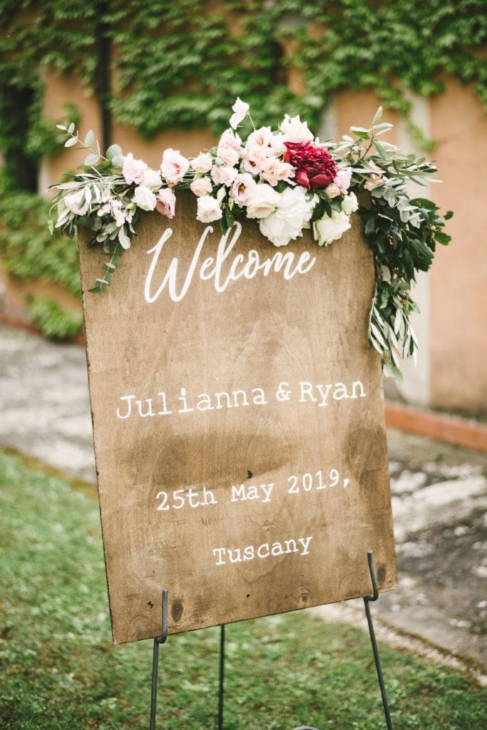 Wedding Sign Manolo Blahnik shoes - Wedding at Villa La Selva - Italian Wedding Designer
