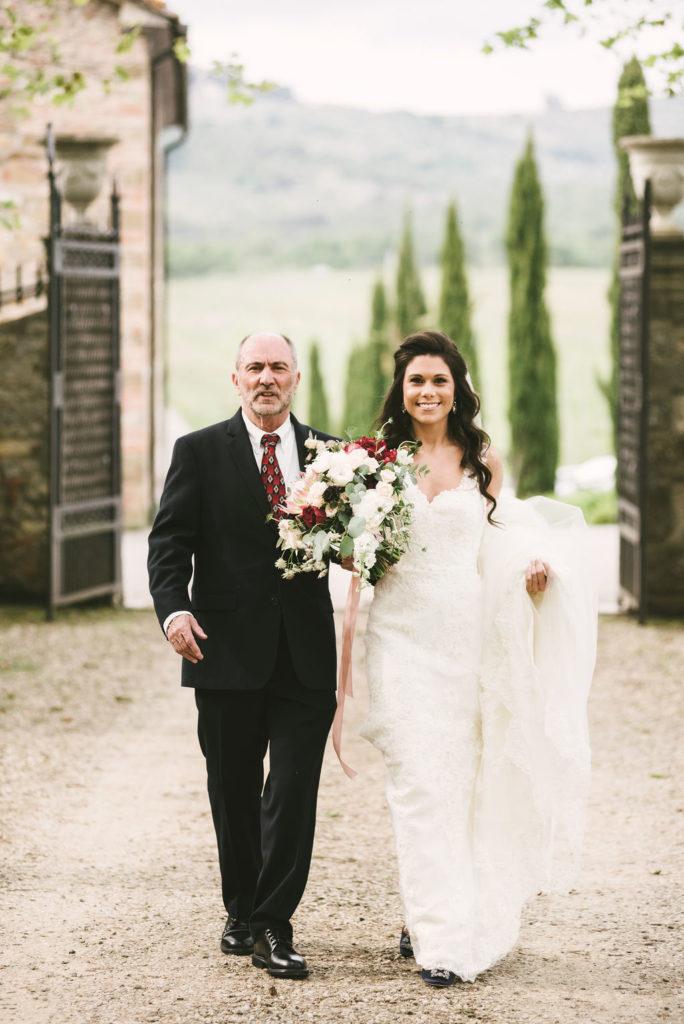Bride entrance - Wedding at Villa La Selva - Italian Wedding Designer