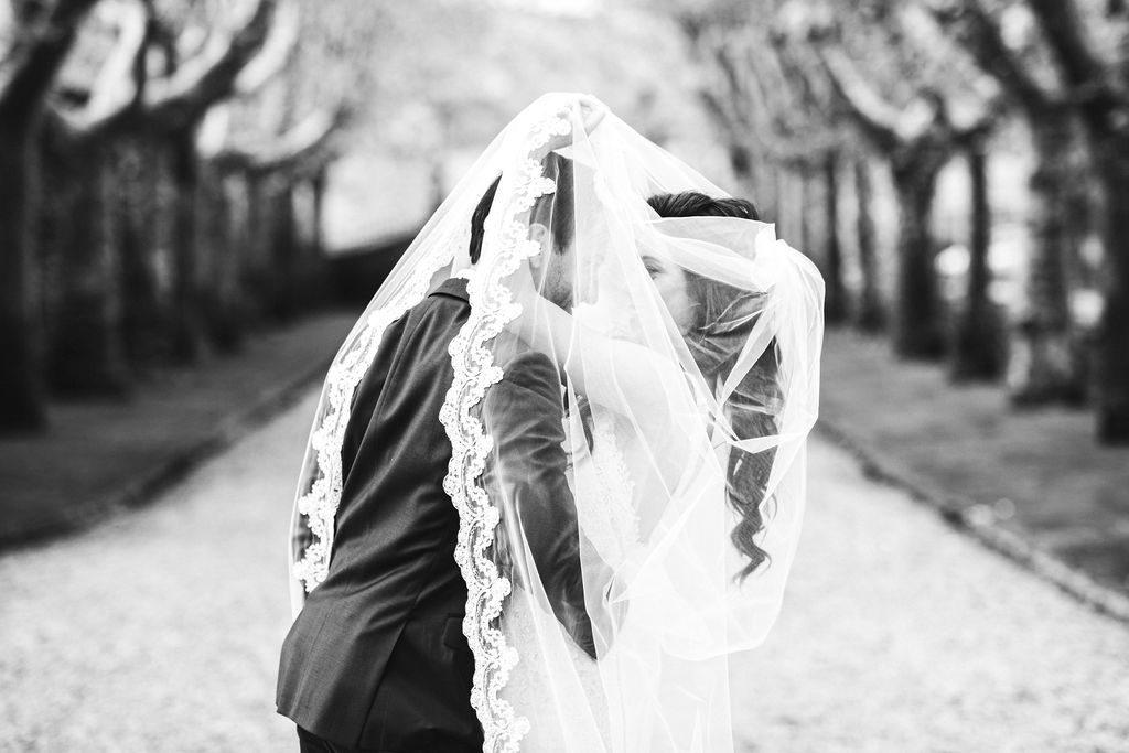 B&W portrait - Wedding at Villa La Selva - Italian Wedding Designer