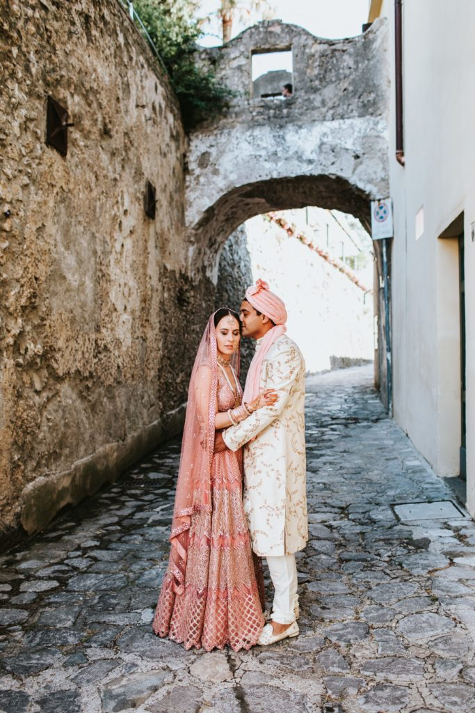 Indian newlyweds - Hindu wedding at Hotel Caruso in Ravello - Italian Wedding Designer