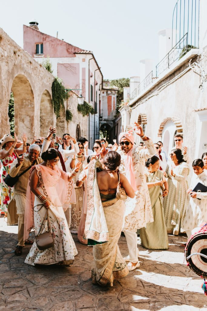 Indian Barat - Hindu wedding at Hotel Caruso in Ravello - Italian Wedding Designer
