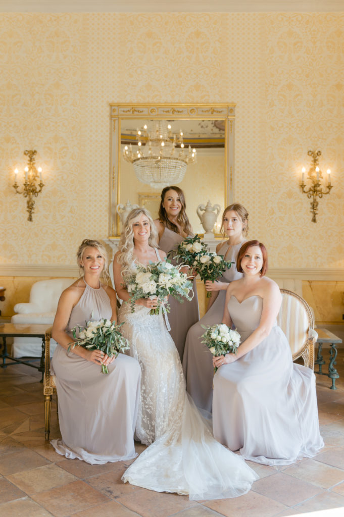 Bride and Bridesmaids in Caruso Hotel - Destination Wedding in Ravello - Italian Wedding Designer
