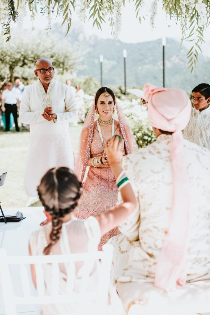 Bride and Groom under the Mandap - Hindu wedding at Hotel Caruso in Ravello - Italian Wedding Designer