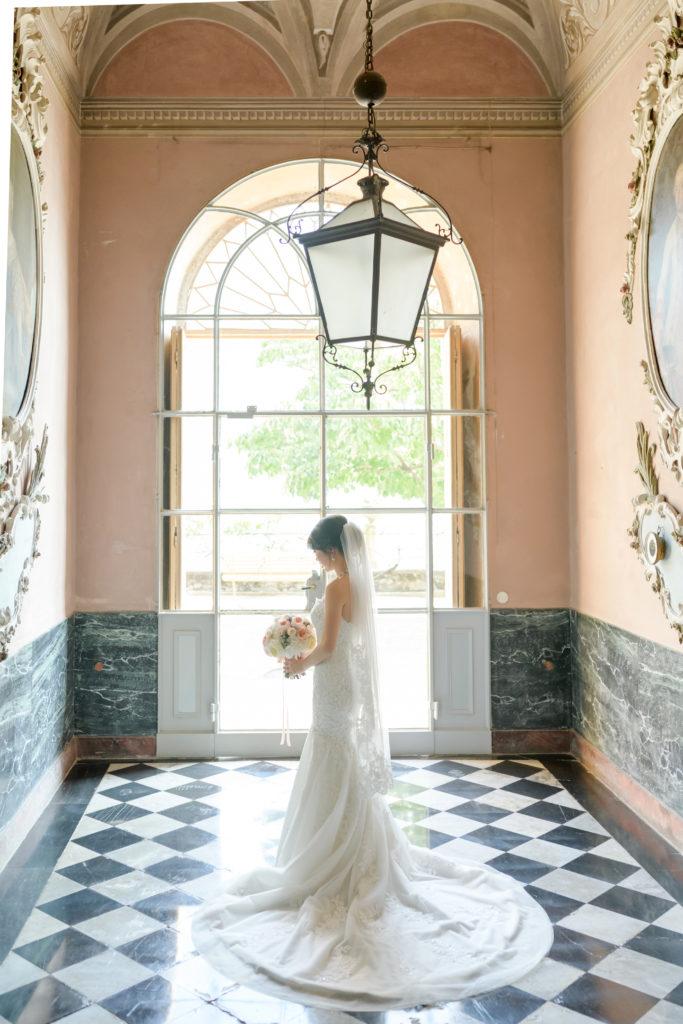 Bride Portrait- Stunning wedding at Villa Pizzo - Italian Wedding Designer