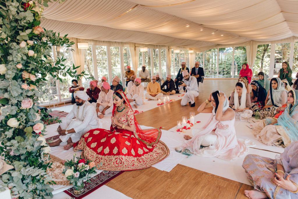 Indoor Sikh Ceremony in Tuscany - Indian Wedding in Tuscany - Italian Wedding Designer