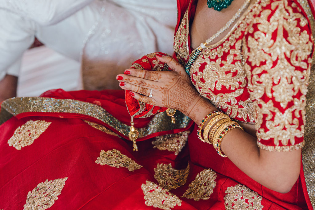 Indian Bride Hands - Indian Wedding in Tuscany - Italian Wedding Designer