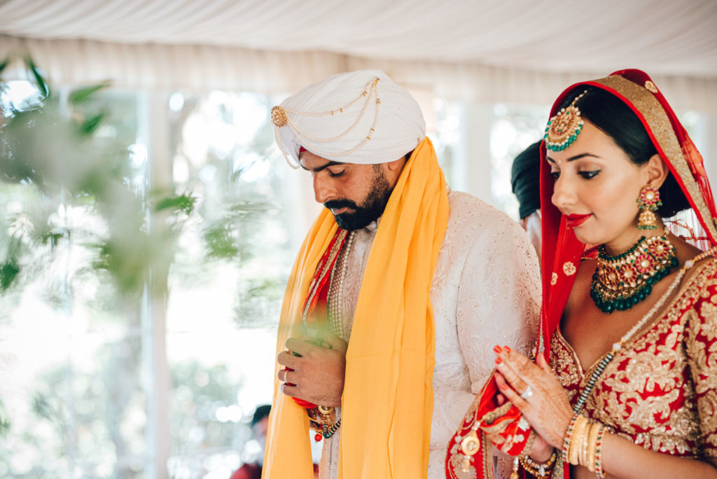Sikh Bride and Groom Sikh ceremony Priest in Italy by Italian Wedding Designer