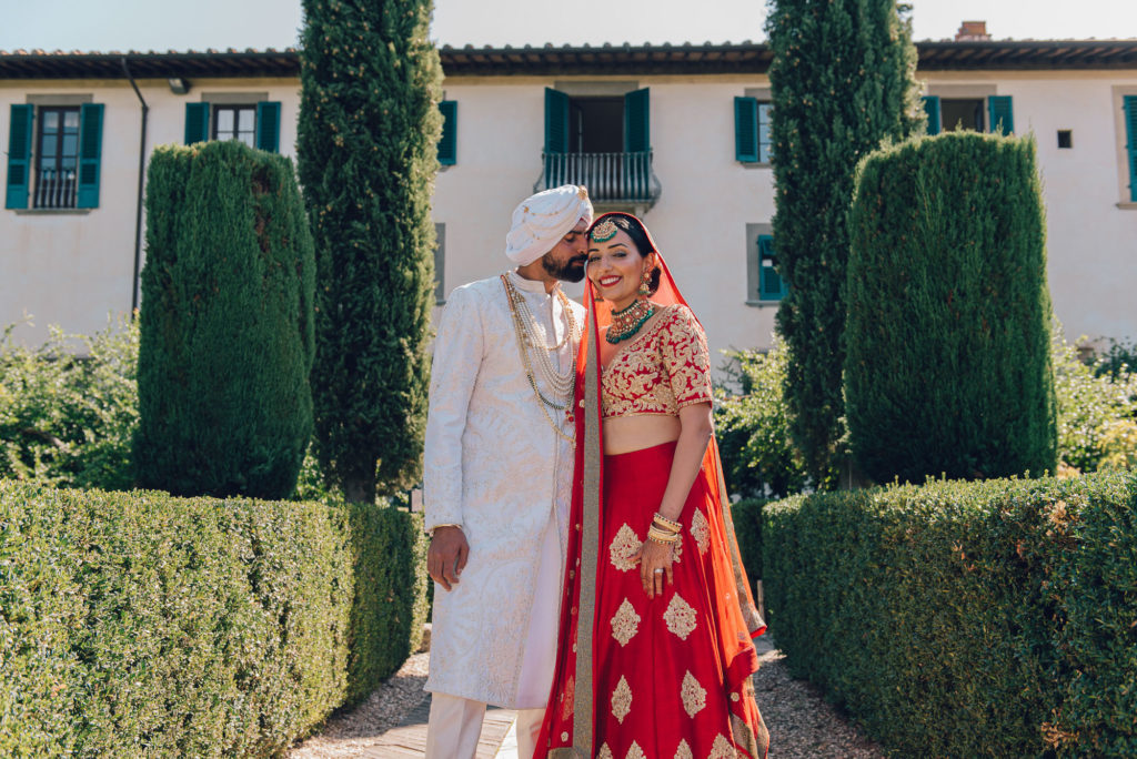 Sikh couple in Italy Sikh ceremony Priest in Italy by Italian Wedding Designer
