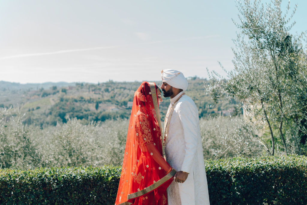 Sikh Couple in Tuscany Sikh ceremony Priest in Italy by Italian Wedding Designer