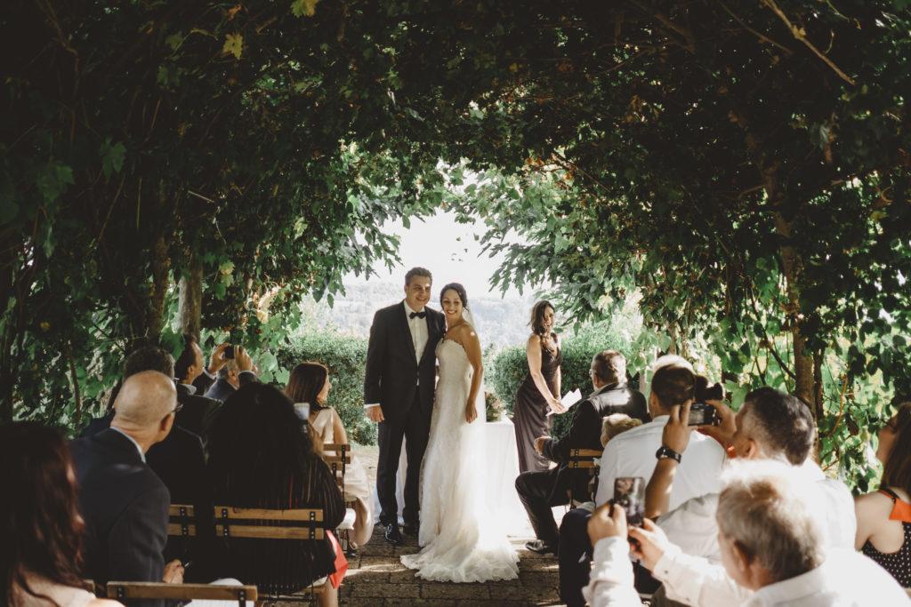 Ceremony under the pergola - Wedding at Borgo Petrognano - Italian Wedding Designer