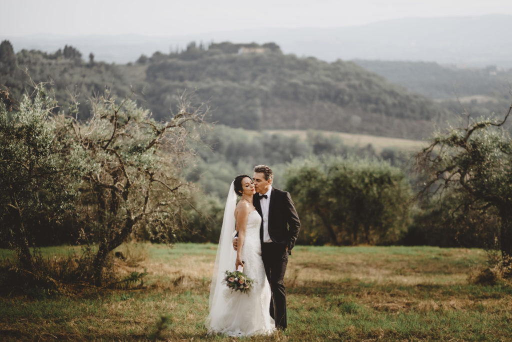 Couple portrait at Petrognano - Wedding at Borgo Petrognano - Italian Wedding Designer