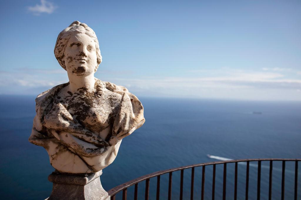 Infinity terrace Statue - Wedding at Villa Cimbrone - Italian Wedding Designer