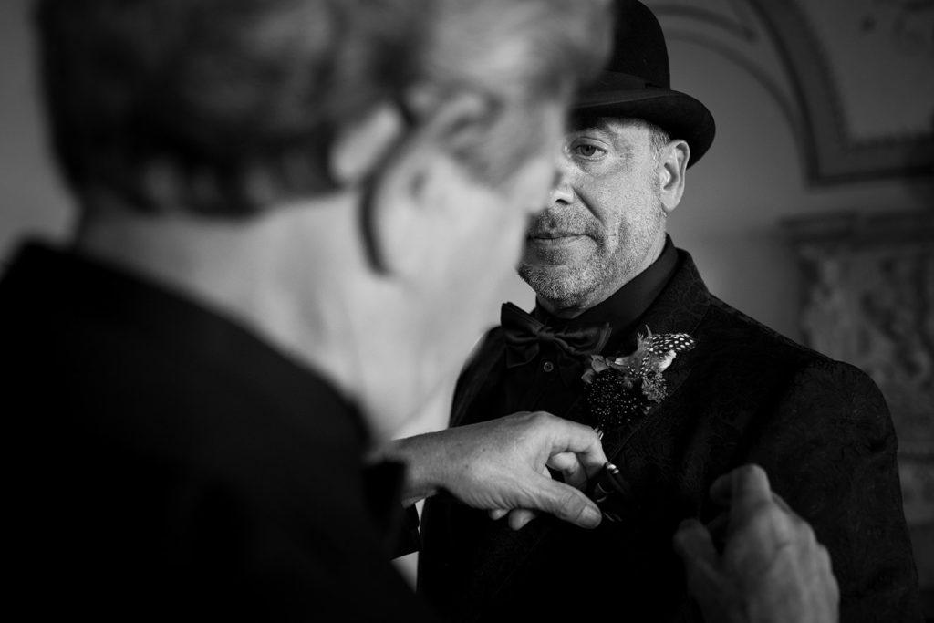 Groom details - Wedding at Villa Cimbrone - Italian Wedding Designer
