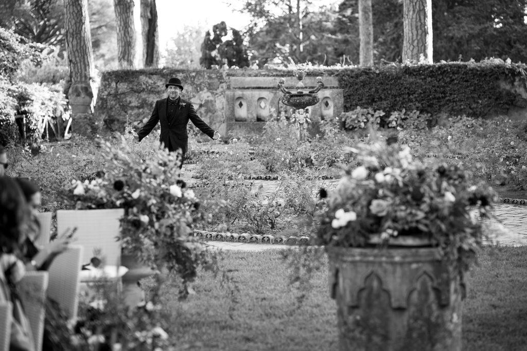 Groom entrance - Wedding at Villa Cimbrone - Italian Wedding Designer