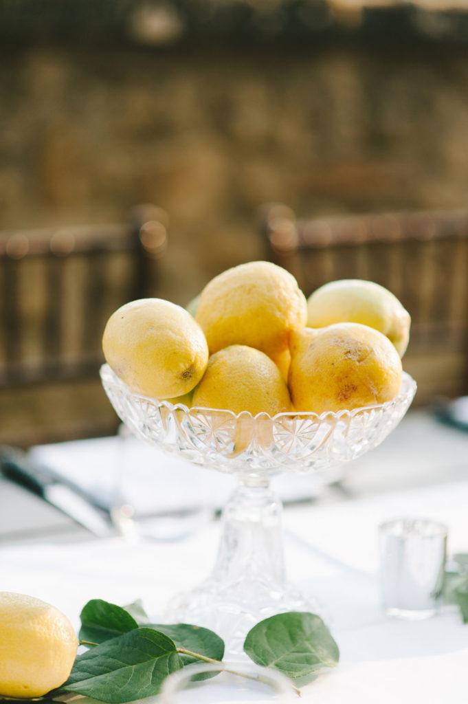 Lemon decoration - Wedding at Villa Vignamaggio - Italian Wedding Designer