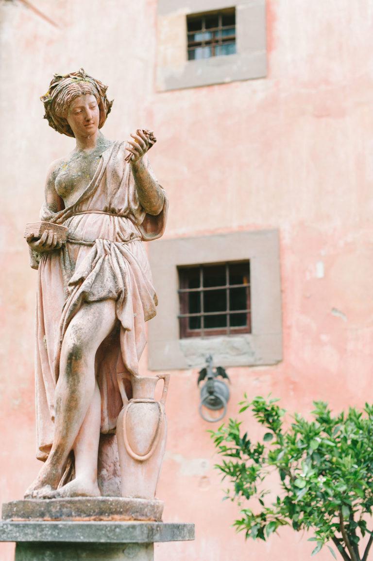 Statue - Wedding at Villa Vignamaggio - Italian Wedding Designer