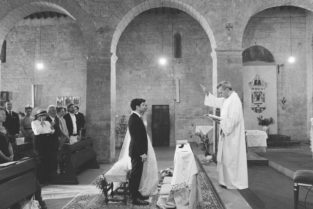 Church Ceremony - Wedding at Villa Vignamaggio - Italian Wedding Designer
