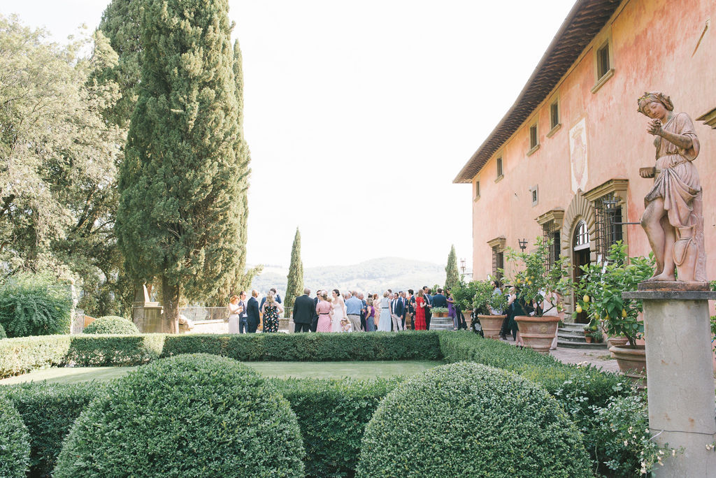 Aperitvo time- Wedding at Villa Vignamaggio - Italian Wedding Designer