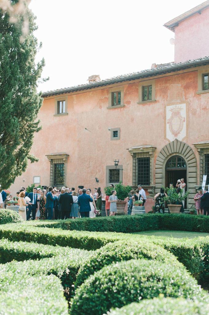 Cocktail at Vignamaggio - Wedding at Villa Vignamaggio - Italian Wedding Designer