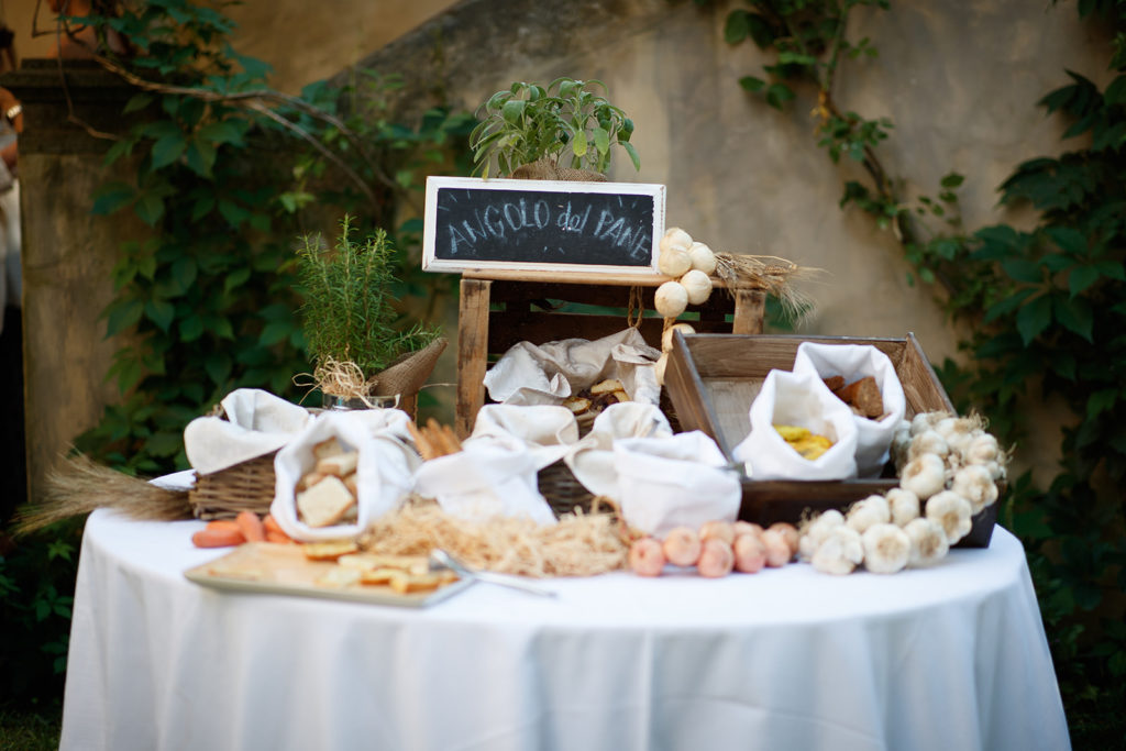 Italian Aperitivo - Wedding at Castello di Castagneto - Italian Wedding Designer