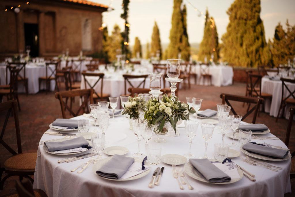 Tuscan chairs - Wedding at Castello di Castagneto - Italian Wedding Designer