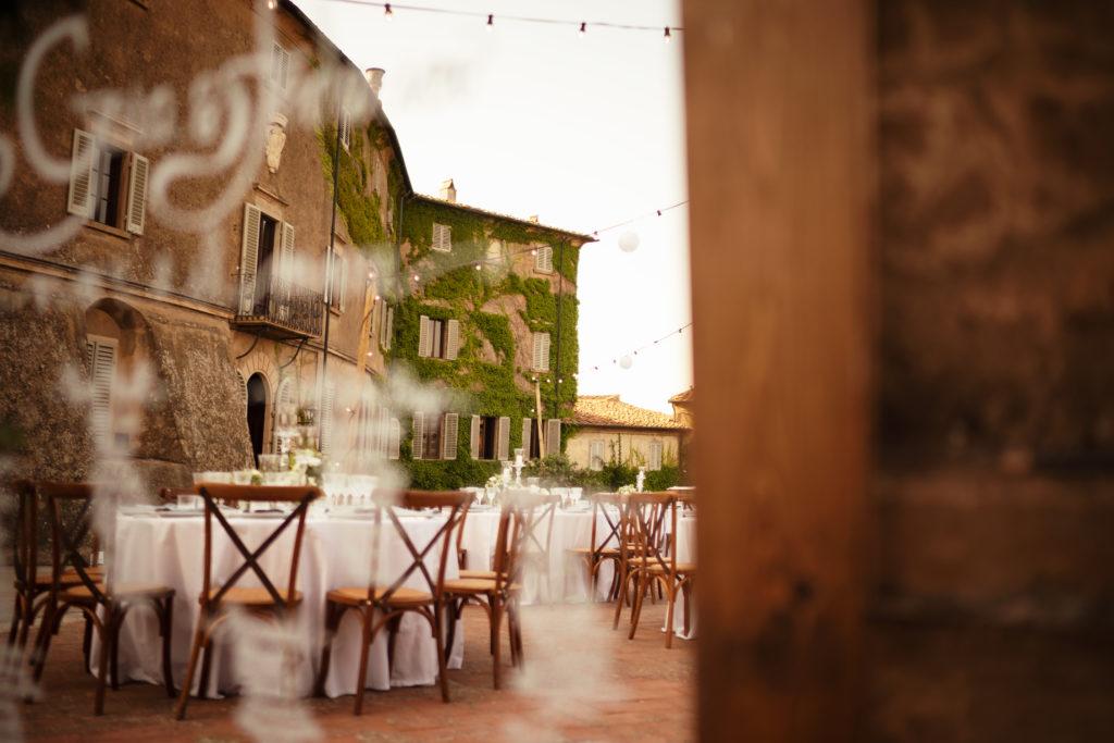 Mirror wedding Wedding at Castello di Castagneto - Italian Wedding Designer