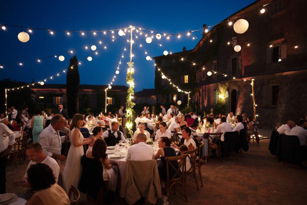 Italian outdoor dinner - Wedding at Castello di Castagneto - Italian Wedding Designer