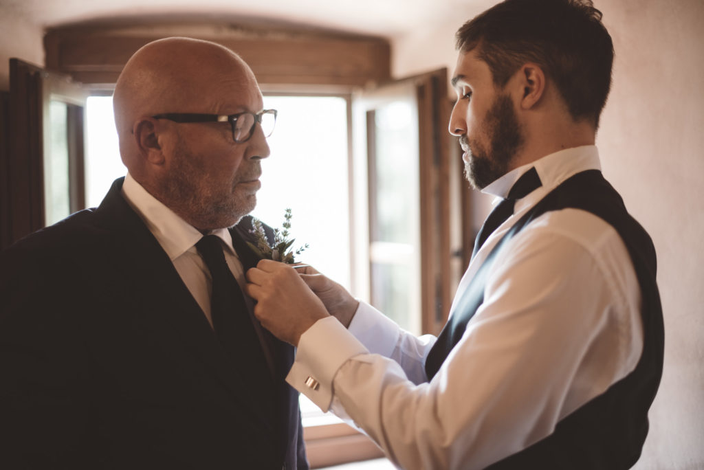 Groom getting ready - Wedding at Castello di Meleto - Italian Wedding Designer